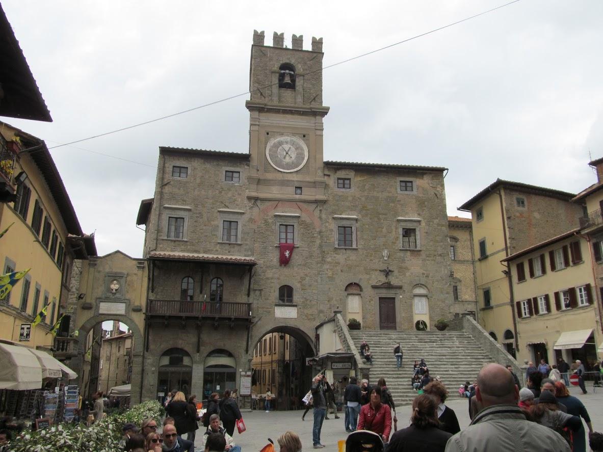 Piazza, della Repubblica, Cortona